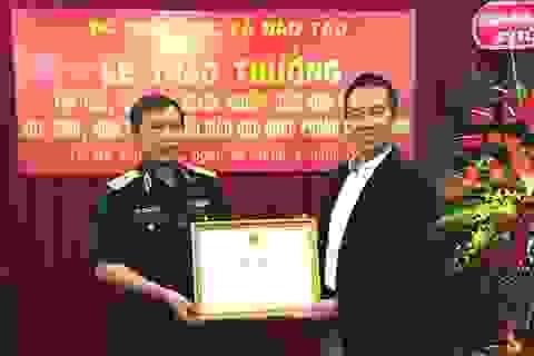 Bộ Giáo dục & Đào tạo ghi nhận những đóng góp xuất sắc của FrieslandCampina Việt Nam