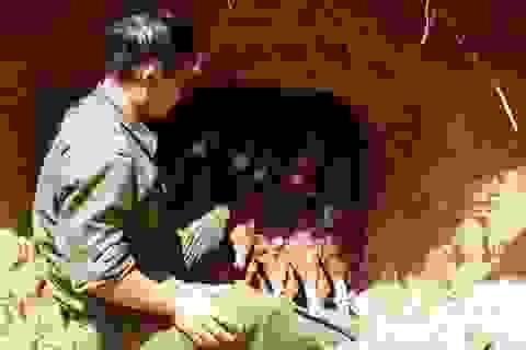 Nín thở xem công binh kích nổ 2 hầm đạn pháo nguy hiểm