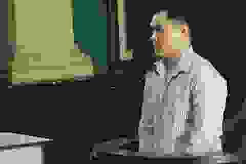 Việt kiều rút dao đâm người chỉ vì va quẹt xe