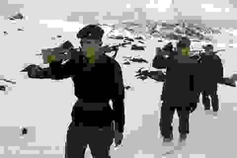 """Trung Quốc, Ấn Độ chạy đua vũ trang trên """"nóc nhà thế giới"""""""