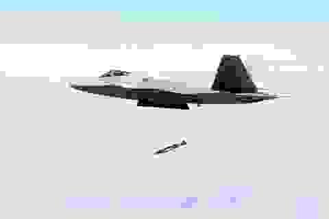 """Mỹ có thể sử dụng bom """"thông minh"""" chống Trung Quốc"""