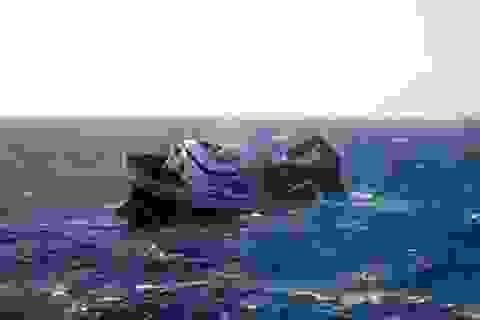 Tàu hàng chở 15 thủy thủ Triều Tiên đâm phải đá ngầm