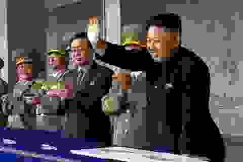 Quan chức Triều Tiên mang nhiều tiền mặt đào thoát sang Hàn Quốc