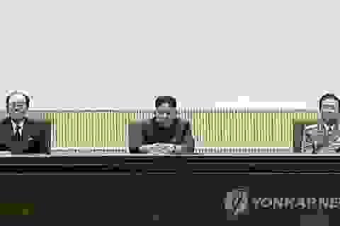Rộ tin đồn ông Kim Jong-un bị các tướng lĩnh khống chế