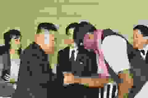 """""""Kim Jong-un được tặng quà trị giá hàng nghìn đô"""""""