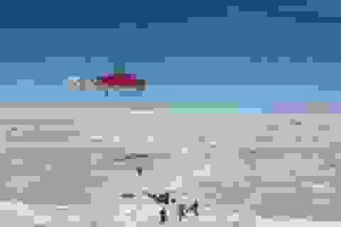 Trực thăng bắt đầu giải cứu 52 người bị kẹt ở Nam Cực