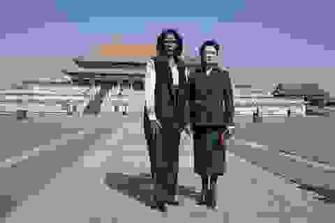 """Ai đã giúp đệ nhất phu nhân Trung Quốc chiến thắng trong """"cuộc đấu của các đệ nhất phu nhân""""?"""