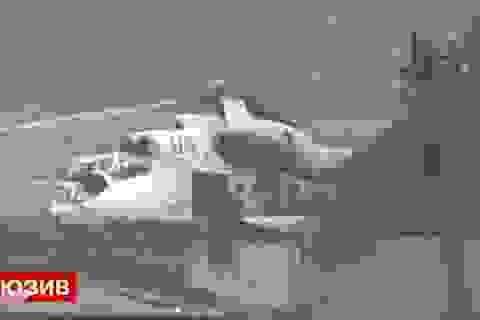 Ukraine dùng trực thăng mang logo LHQ tấn công người biểu tình miền đông