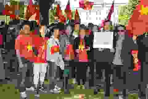 Cộng đồng người Việt tại Bỉ hướng về quê hương