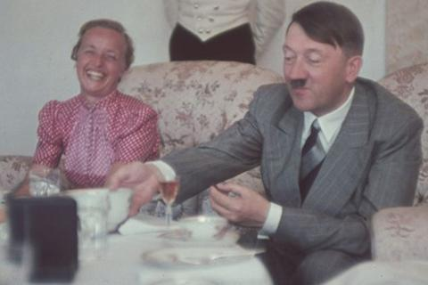 Người hầu Hitler tiết lộ thói quen ăn đêm và ngủ ngày của trùm phát xít