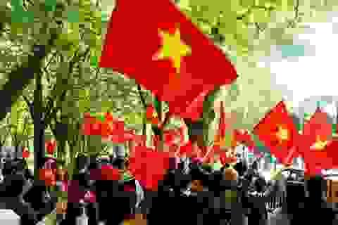 Quốc kỳ Việt Nam đỏ rực một góc Brussels, Bỉ