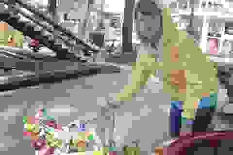 Sinh viên kiếm tiền mùa nắng nóng