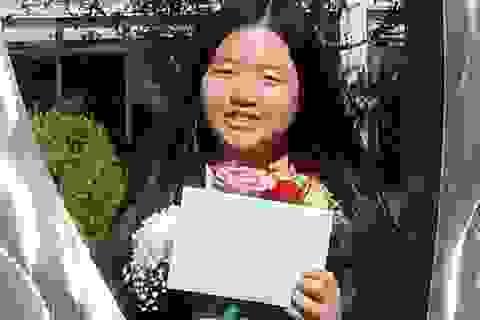 Nữ sinh Việt sinh năm 2001 nhận bằng khen từ Tổng thống Mỹ