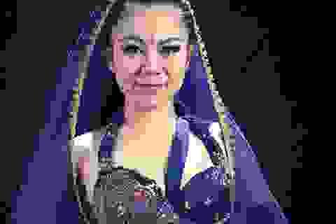 Ngắm vũ công Việt xinh đẹp là giám khảo bellydance cấp quốc tế