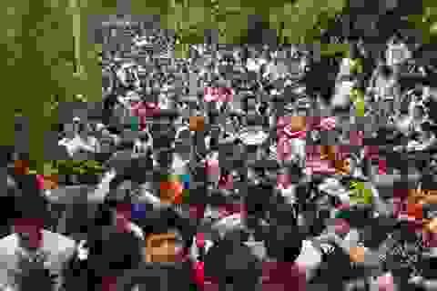 Hơn triệu người về Đền Hùng hành lễ Giỗ Tổ
