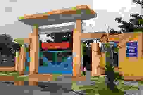 80 học sinh học trong ngôi trường rộng 8.000 m²