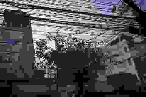 """Hà Nội: Mạng lưới """"rác trời"""" vẫn giăng chằng chịt khắp phố"""