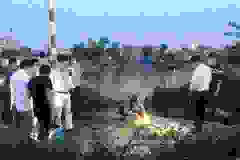 Kinh hãi phát hiện thi thể người không đầu và tay chân trôi trên sông