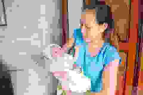 Kỳ diệu sự sống bé gái sinh non 600g