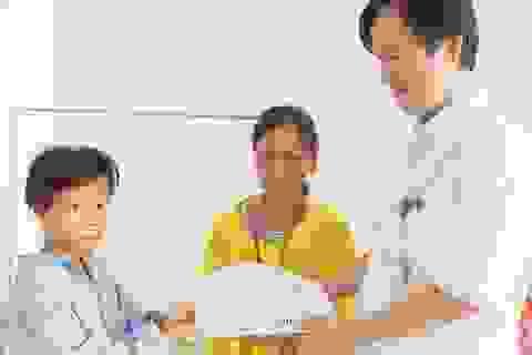 Gần 120 triệu đồng đến với 3 hoàn cảnh nhân ái tại Nghệ An