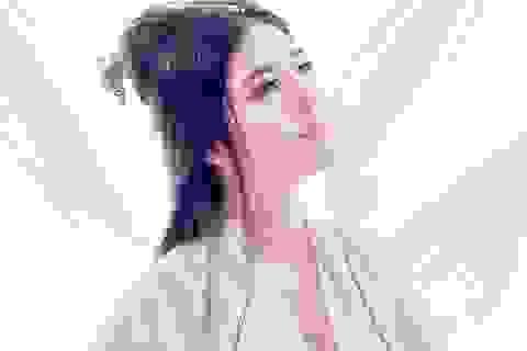 Lilly Luta hoá thân thành chị Hằng váy trắng xinh đẹp