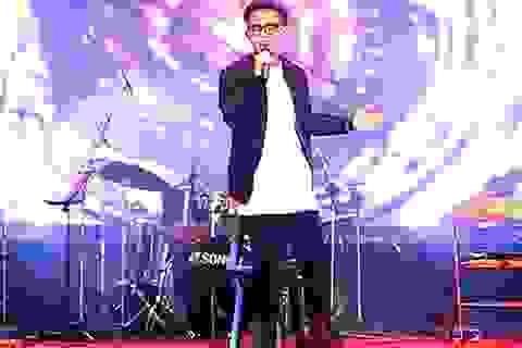 Nam sinh Hà Nội làm mới bản hit của Justin Bieber