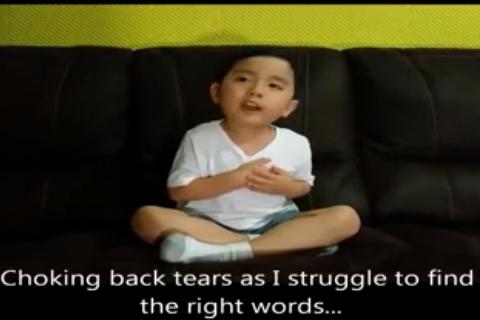 """Cậu bé Việt kiều 5 tuổi cover hit """"Anh cứ đi đi"""" cực đáng yêu"""
