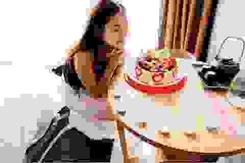 Hot girl Hà Lade đón sinh nhật tuổi 22 ấm áp bên bạn trai