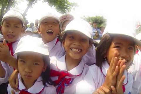 MV tuyệt đẹp giới thiệu Việt Nam của bạn trẻ SSEAYP