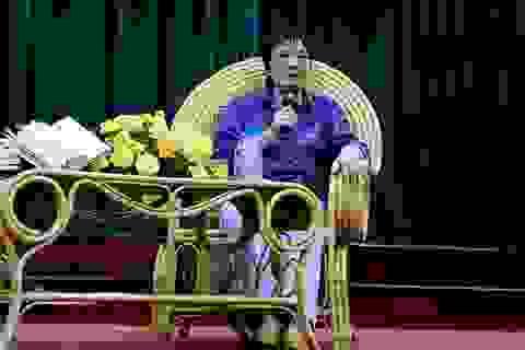"""Tiến sĩ Đoàn Hương: """"Tình yêu là doping trong cuộc sống nhưng đừng để lại hậu quả"""""""