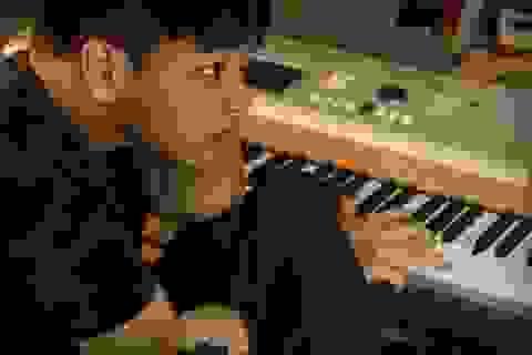 Ước mơ của chàng nhạc sĩ khuyết tật Thiên Ngôn trở thành hiện thực