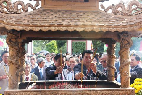 Bình Định: Người dân nô nức dự lễ kỷ niệm Chiến thắng Ngọc Hồi - Đống Đa
