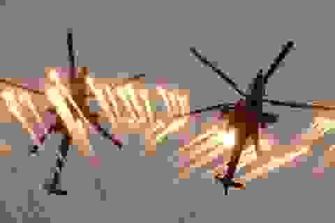 Chiêm ngưỡng màn trình diễn điêu luyện của máy bay chiến đấu Nga