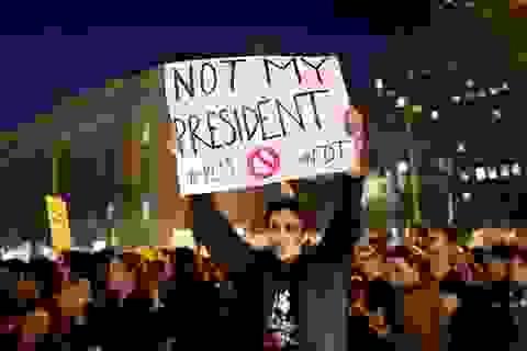 Biểu tình phản đối ông Trump đắc cử nổ ra tại nhiều thành phố lớn
