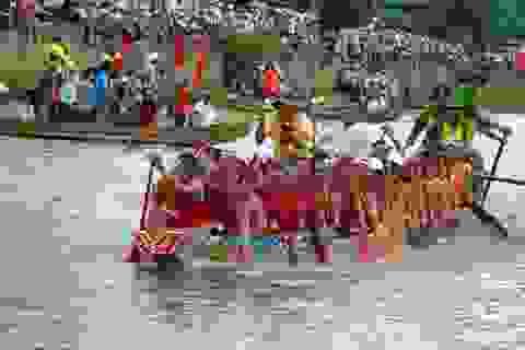 Quảng Bình: Tưng bừng Lễ hội đua thuyền trên quê hương Đại tướng