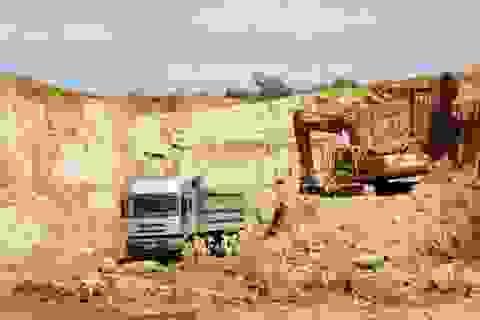 Nhà máy xi măng tiêu thụ hàng trăm ngàn tấn đá sét lậu