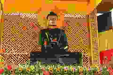 Quảng Bình: Trưng bày pho tượng Phật ngọc Hòa bình thế giới tại chùa Hoằng Phúc