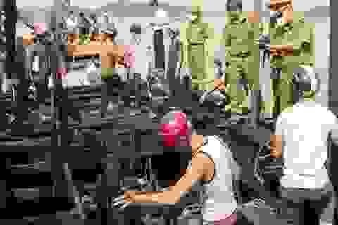 Sét đánh cháy rụi 2 tàu cá, thiệt hại hơn 6 tỷ đồng