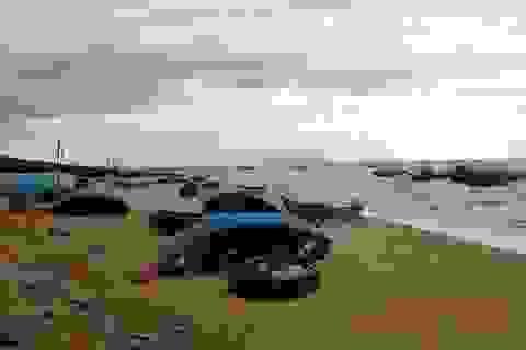 Ngư dân mong biển sạch trở lại, để tàu thuyền lại tấp nập ra khơi