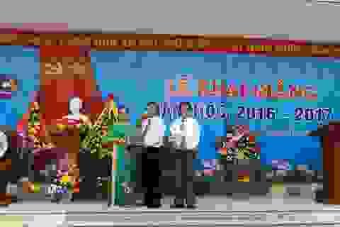 Nhiều món quà ý nghĩa đến với học sinh Quảng Bình ngày tựu trường
