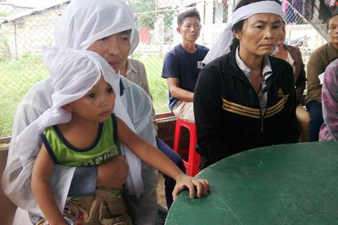 Vụ mẹ tử vong, con nguy kịch ở Quảng Bình: Tạm đình chỉ kíp mổ