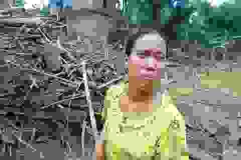 """Người dân Quảng Bình """"sức tàn lực kiệt"""" sau lũ kép"""