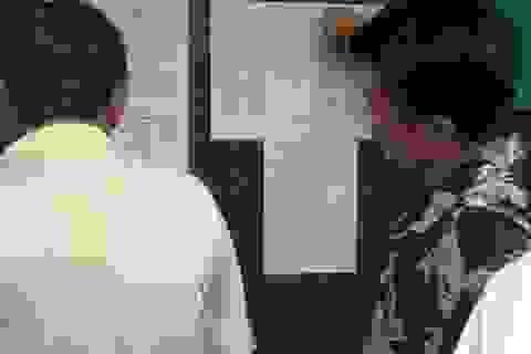 TPHCM giữ nguyên học phí, không thu tiền cơ sở vật chất
