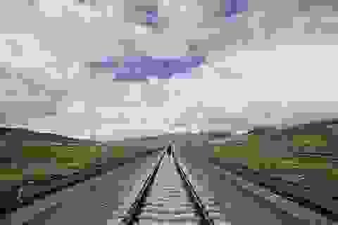 Trung Quốc xây tuyến đường sắt chiến lược gần biên giới Ấn Độ