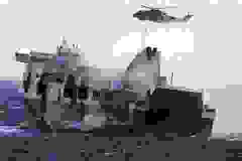 Hai nhân viên cứu hộ trong vụ cháy phà Ý thiệt mạng