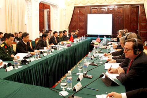 Việt - Mỹ thảo luận tăng cường hợp tác an ninh biển