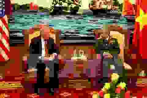 Thượng tướng Nguyễn Chí Vịnh tiếp cố vấn Ngoại trưởng Hoa Kỳ