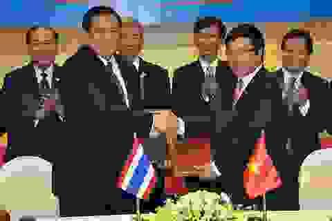 Việt Nam-Thái Lan nhất trí mở tuyến xe buýt xuyên biên giới