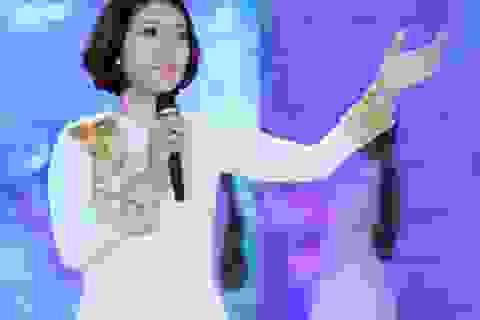 Nghệ sĩ xúc động thể hiện ca khúc về Chủ tịch Hồ Chí Minh