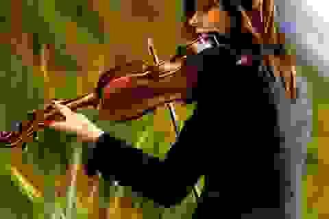 Chuyện đặc biệt của một cô gái trẻ học vĩ cầm